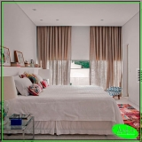 cortina de trilho para quarto de casal alto da providencia